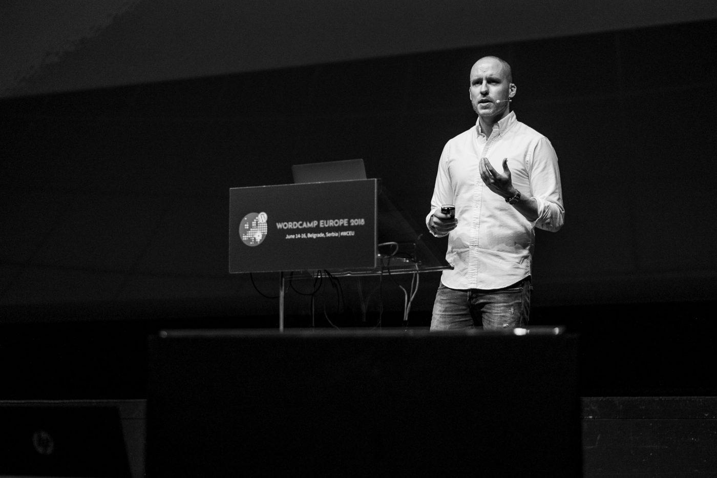 """Noel Tock während seinem Vortrag """"WordPress in 2018"""""""